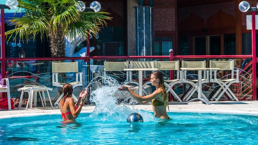 Servizi hotel jesolo con piscina hotel brioni - Hotel con piscina jesolo ...